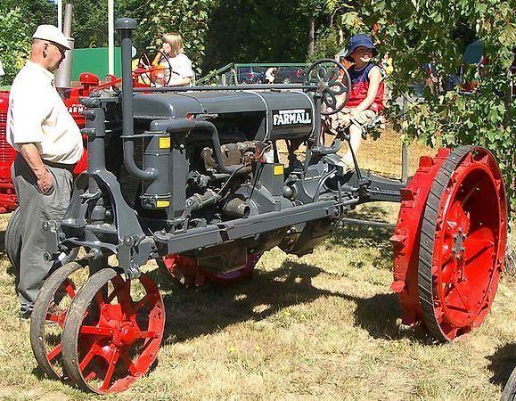 Route occasion tracteurs agricoles anciens - Tracteur ancien miniature ...